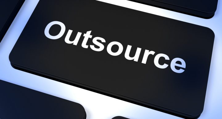 7 Core Reasons to Outsource Non-Core Transportation Management Functions to 3PL Providers